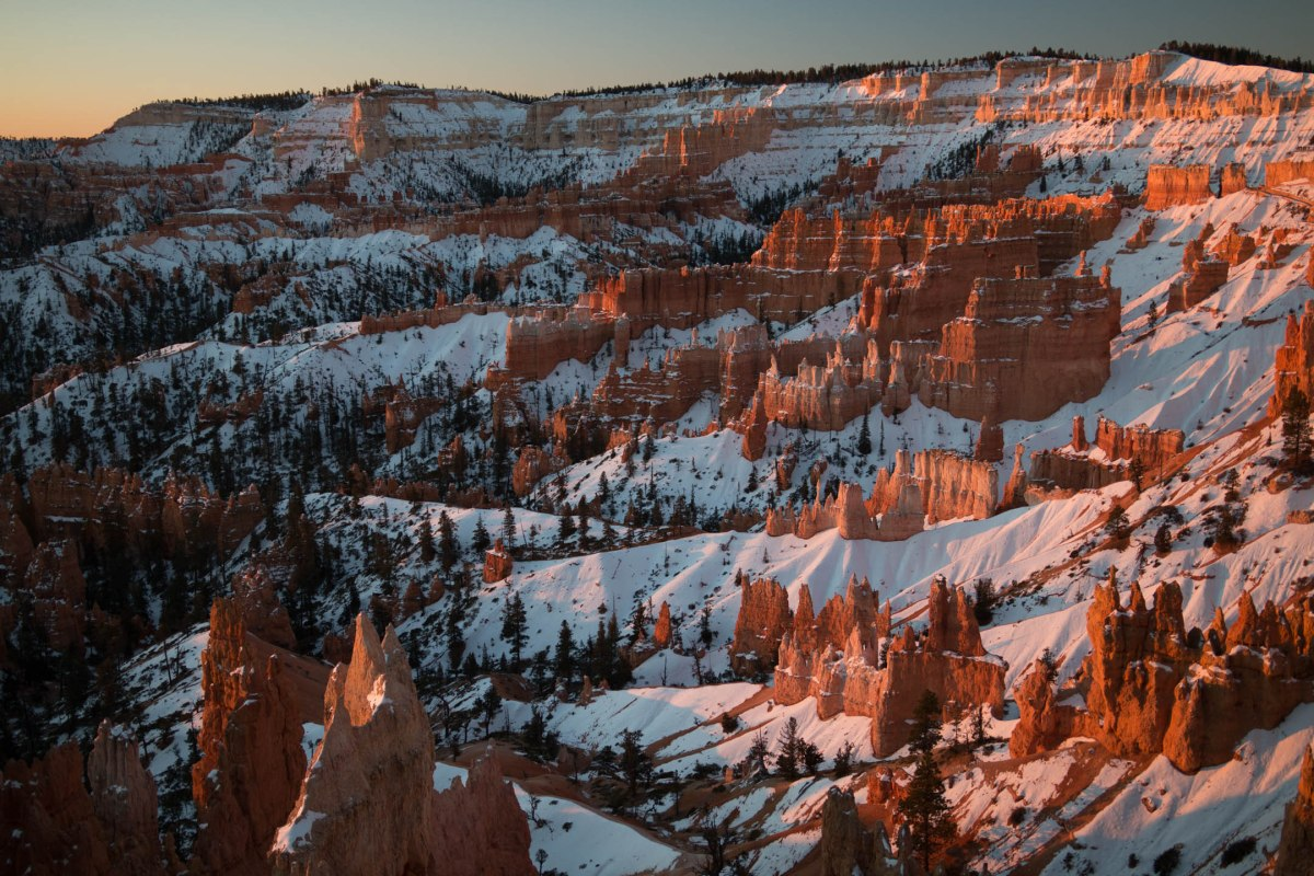 Hiking in the Snow at Bryce Canyon - Sun Rise/Set