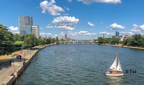 frankfurt-waterfront-2