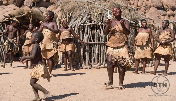 Damara women dancing