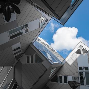 cube-houses-3