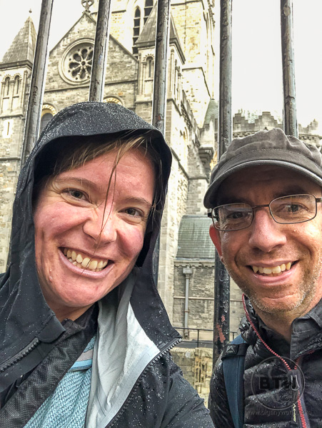 Aaron and Brianna in the rain in Dublin | BIG tiny World Travel
