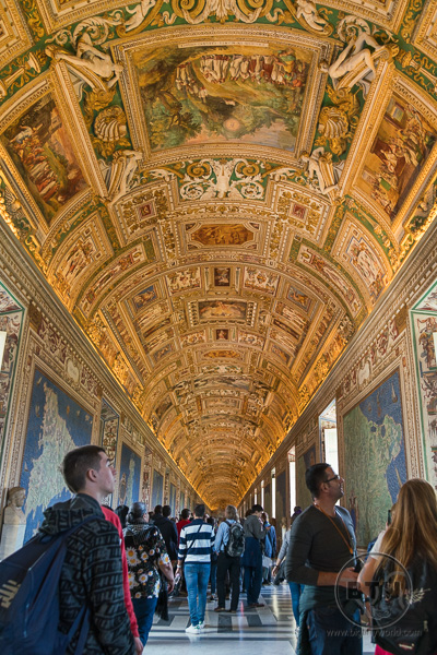 Crowds in the Vatican Museum | BIG tiny World Travel